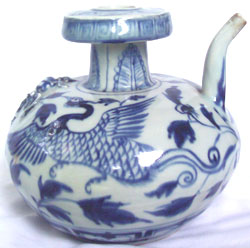 Kendi-Style Ewer with Phoenix - Chinese Blue and White Porcelain