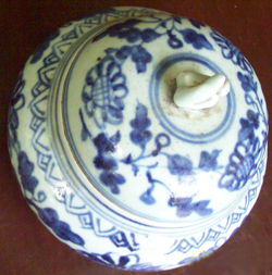 Covered Container with Floral Design - Chinese Blue and White Porcelain