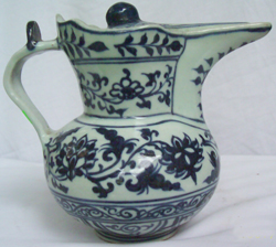 Ewer & Cover with Lotus Design - Chinese Blue and White Porcelain
