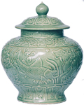 Large Guan with Cover - Chinese Celadon Ceramics