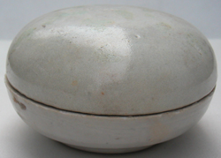 Sung Dynasty Chinese White Porcelain Container For Sale